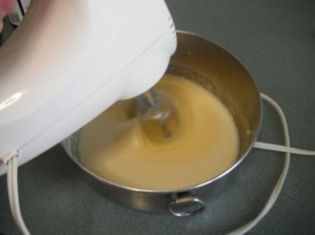 mixing custard with mixer
