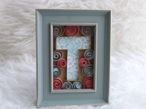Monogram Initial Picture Frame Art - finished T initial frame art piece