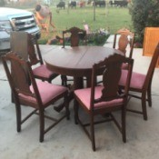 Value of an Antique Round Table - table and chairs in driveway