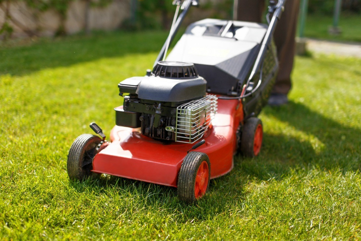 Mower With a Briggs & Stratton Engine Won't Start | ThriftyFun