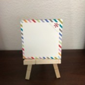 Mini Wooden Clothespin Easel - with Post-it pad