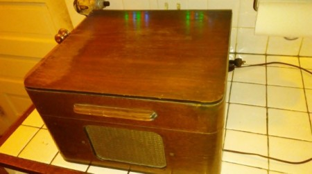 Value of a Vintage Truetone Record Player