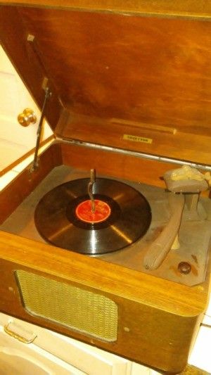 Value of a Vintage Truetone Record Player - vintage box record player