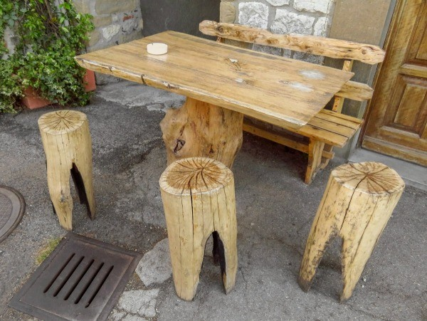 Tree Stump Table And Chairs