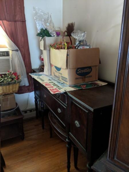 Value of a Vintage Dining Room Set