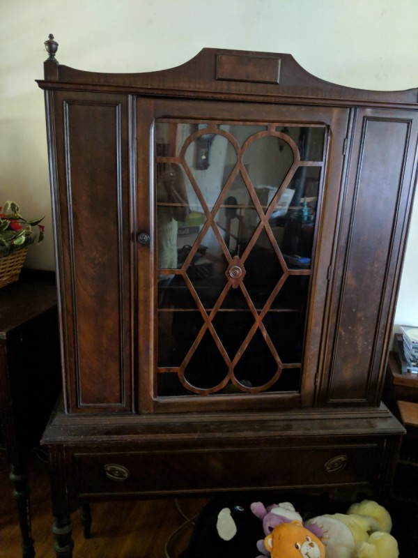 We Have A Full Dining Room Set That We Purchased From A Private Owner 35  Years Ago. It Was Manufactured By Mount Airy Mantel And Table.