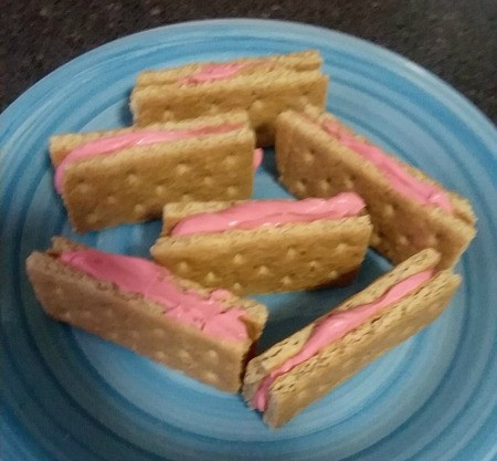 sweetened Cream Cheese filling in graham crackers