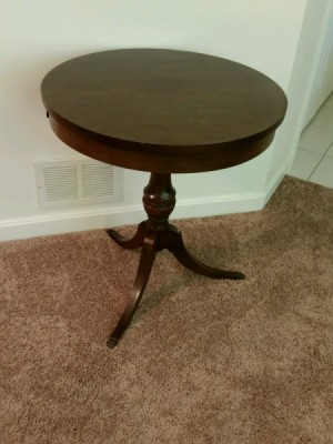 Value of a Mersman 55-4 Table - mahogany pedestal table