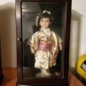Value of Ashley Belle Collectables - doll in wood case