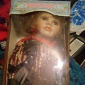 Identifying a Cathay Collection Doll