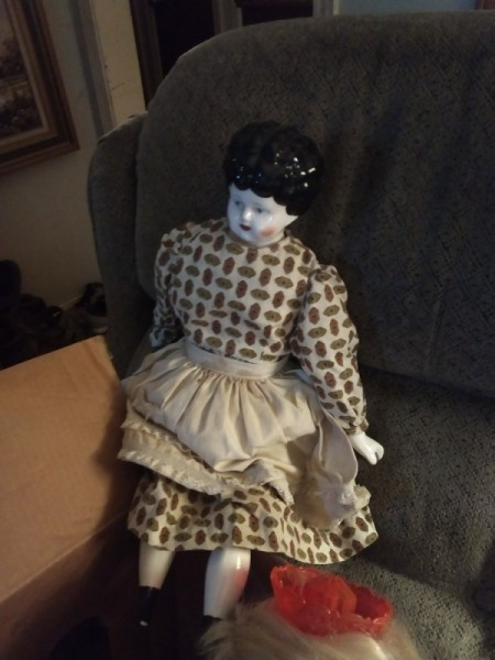 Identifying an Antique Porcelain Doll