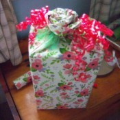 Flower Gift Wrapping - curling ribbon added to complete