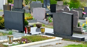 Graves with grave surrounds.