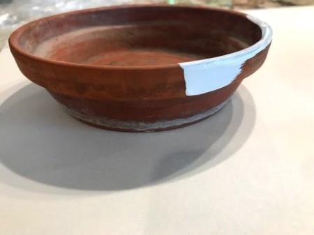 Paint a Flower Pot Saucer that Doesn't Match Pot