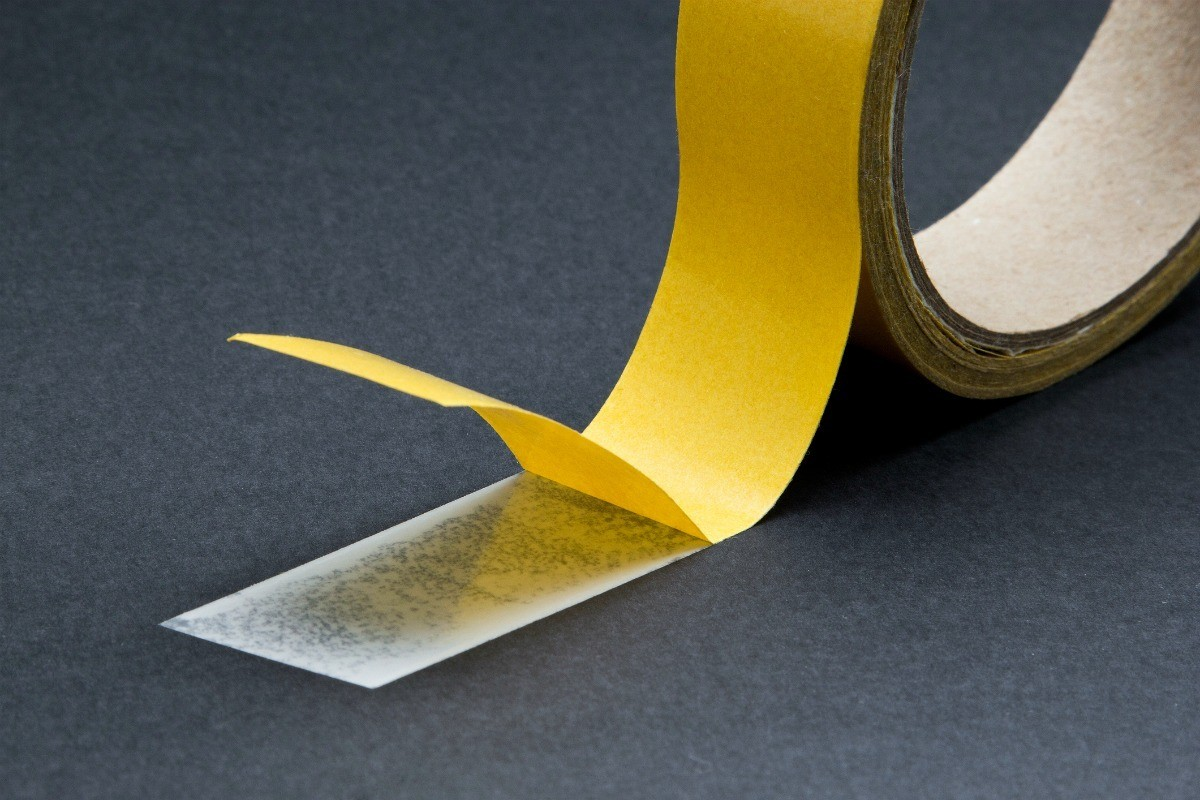 Removing Double Sided Tape From, How To Remove Sticky Tape Residue From Laminate Flooring