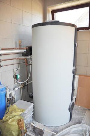 Hot water heater.