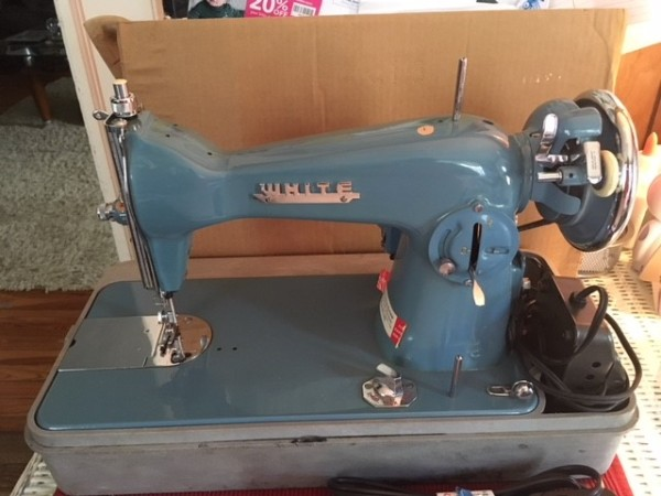 Determining The Value Of An Older Sewing Machine ThriftyFun Cool Are Old Sewing Machines Worth Anything