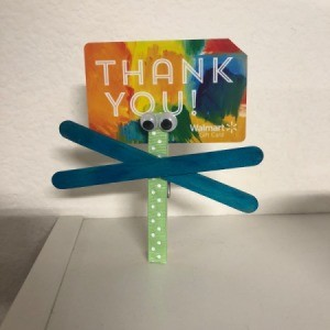 Dragonfly Clothespin - clothespin holding a gift card