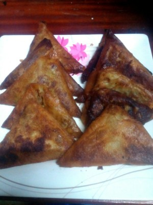 fried Mung Bean Triangles