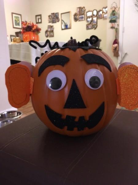 Easy Pumpkin Decorating