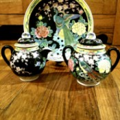 Value of a Japanese Tea Set  - richly decorated Japanese motif pieces