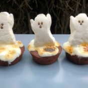 ghost peeps on Brownies