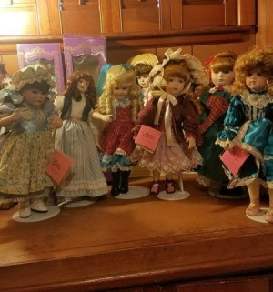 Value of Paradise Galleries Porcelain Dolls - doll collection