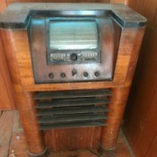 Value of Vintage Cabinet Radio and Console Stereo - vintage cabinet radio