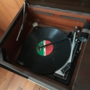 Value of Vintage Cabinet Radio and Console Stereo