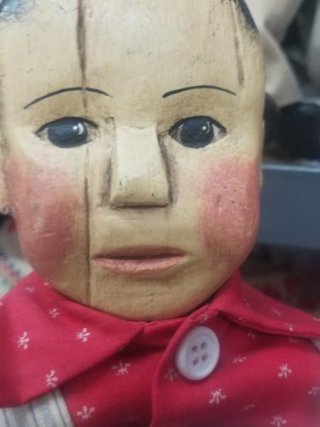 Identifying Old Dolls