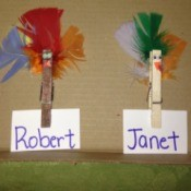 Clothespin Turkey Magnets and Place Card Holders - place card holders