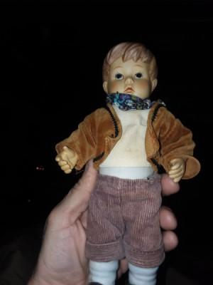 Identifying a Porcelain Doll - small porcelain boy doll