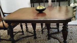 Value of Antique Table and Chairs - dining table and chairs