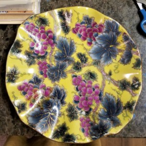 Identifying a Fancy Plate - yellow plate with grape pattern