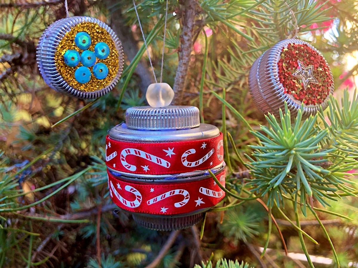 Making Plastic Bottle Cap Christmas Ornaments Thriftyfun