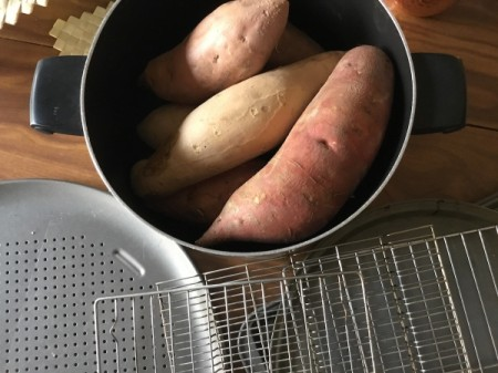 Sweet Potatoes and Yamsin pan