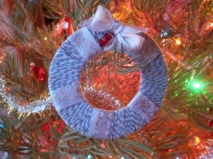 Mini Wreath Ornament - finished wreath hanging on the tree