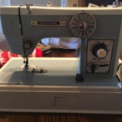 Manual for a Universal KAT Sewing Machine  - older sewing machine