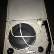 Value of Vintage Kingsley Portable Record Player