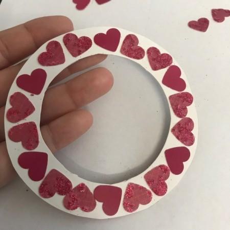 Valentine Wreath Card - arrange on the circular wreath