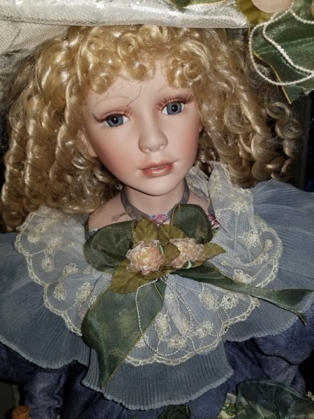 Identifying a Porcelain Doll