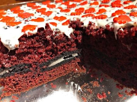 cut Sweetheart Crunch Cake