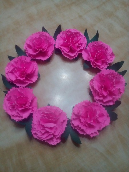 Paper Carnation Wreath - add additional leaves to fill the gaps
