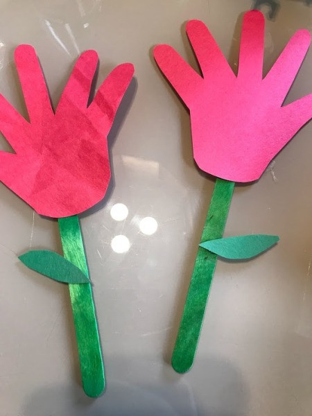 Making a Paper Hand Shaped Flower Bookmark - two different colored paper hand shaped bookmarks