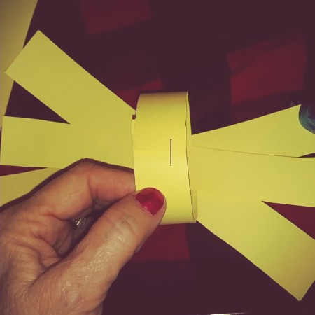 Paper Easter Bunny - bring the 4 ends to the center and staple or tape