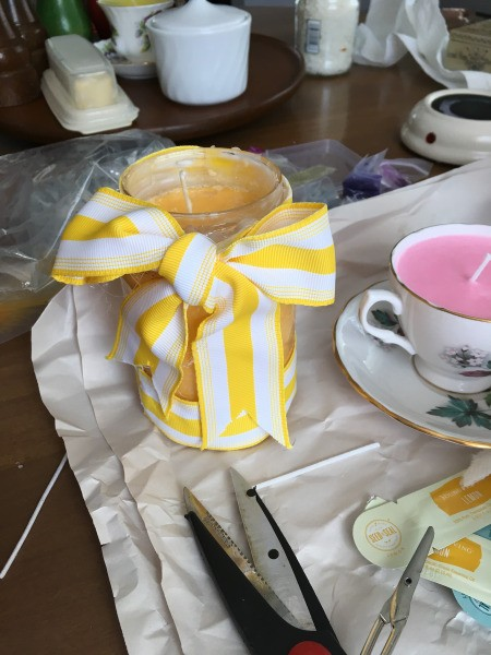 Teacup Candles - adding a ribbon bow to a jar candle