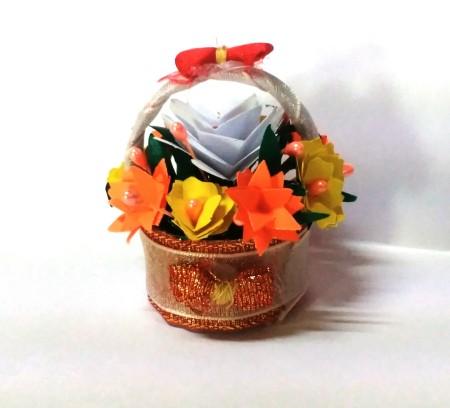 Bottle Cap Mini Flower Basket - finished basket
