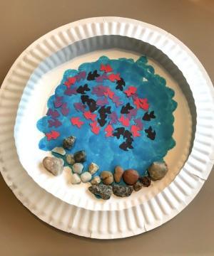 Paper Plate Aquarium Toddler Craft - finished aquarium to hang