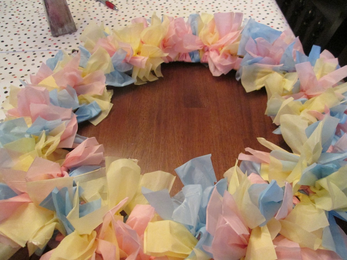 How To Make A Vinyl Tablecloth Wreath Thriftyfun