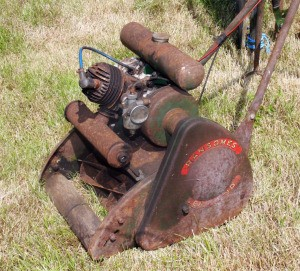 Value of a Ransomes Minor Mk6 Lawn Mower - rusty old mower